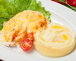 Мясо «По-французски» с картофельным пюре