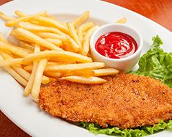 Шницель из курицы «По-венски» с картофелем фри